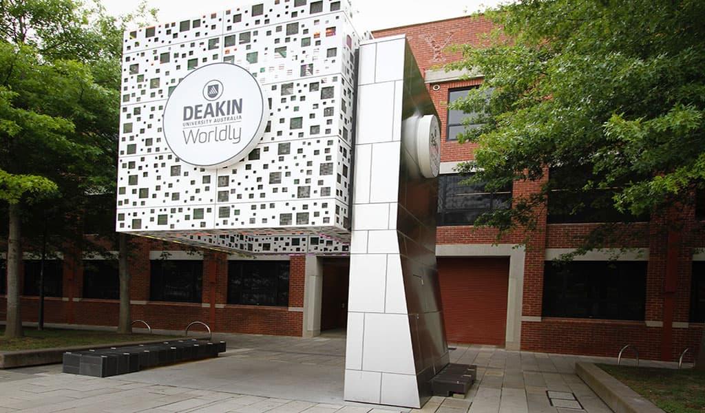 بورسیه کالج دیکین استرالیا در سال 2019
