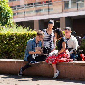 بورسیه دانشگاه نیو ساوت ولز برای دانشجویان آسیایی